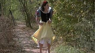 XXX Snow White - 1:2:00