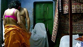 indian amateur savita bhabhi giving hot blowjob - 2:00
