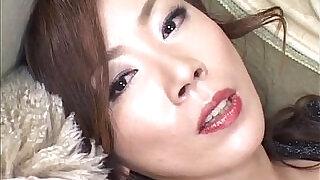Japanese Model has vibrator on clitoris - 9:00