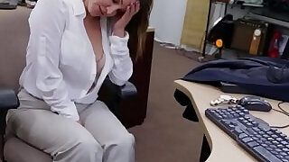 Married pawning wife willing to fuck for cash - 5:00
