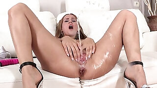 Juicy cherry babe pissing on the sofa - 8:00