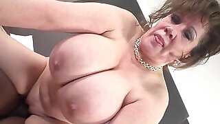 Cougar Does her First Interracial Black monster Cock inside her Video - 6:00