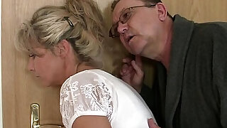Holy shit! Family threesome with my girlfriend!! - 6:00