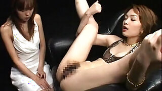 Asian cutie eating cum from her pussy - 5:00