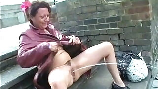 Mature masturbating in public and squirting on pavements - 5:00