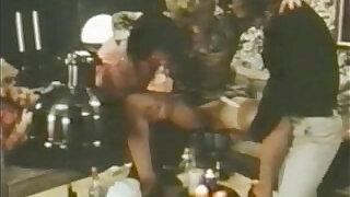 CC Bestsellers Vintage piss parties - 52:00
