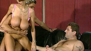 DOLLY BUSTER ANAL DREAMS - 14:00