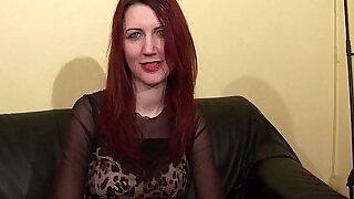 Jolie rouquine aux petits seins sodomisee et facialisee pour son casting porno - 30:00