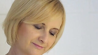 Euro matures shavedpussy fucked and jizzed - 6:00