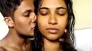 Very Hot Indian Babe Giving Blow Job - 5:37
