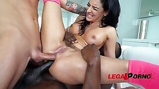 Sheena Ryder Two Perfect Feet - 1:05